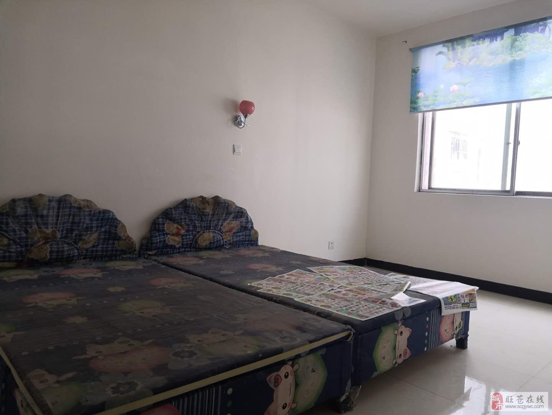 南凤巷2室1厅1卫24.8万元