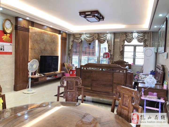 共和宝丰新城3室2厅2卫48万元
