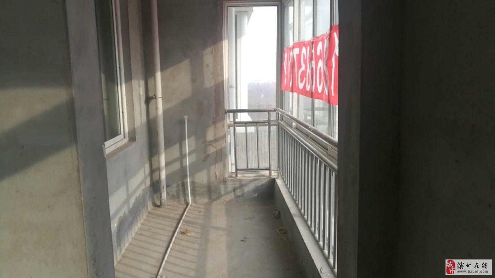 梅贵家园127平三室带储带车库56万赠阁楼