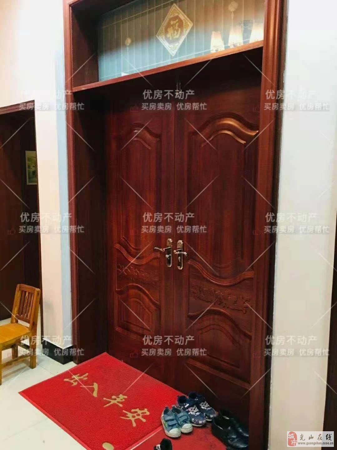 惠泉广场3室2厅2卫68万元