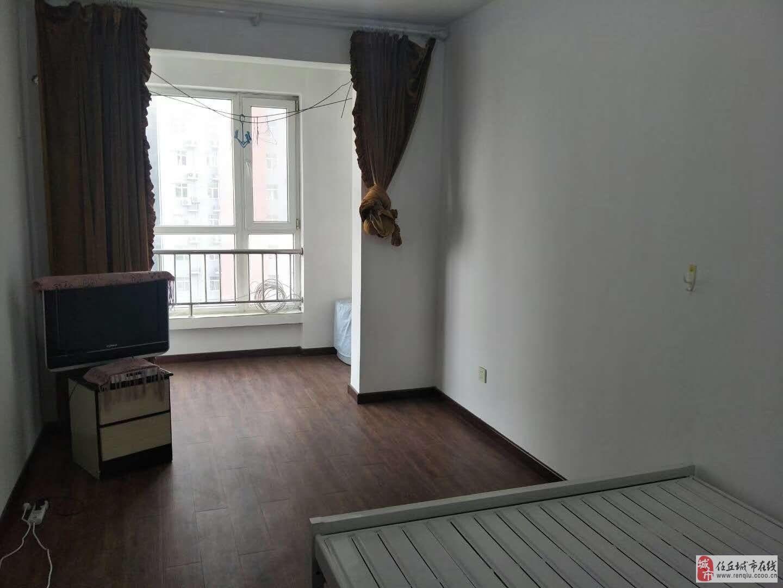 理想家园2室2厅1卫135万元