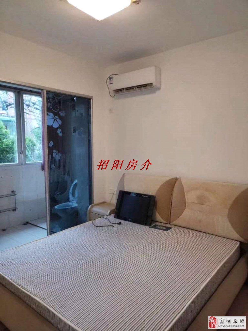 09429金三角黄金3楼3室2厅精装房主急售