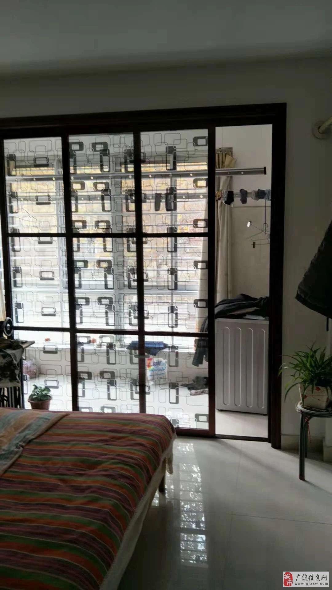 凯泽名苑110平,免税,1楼,精装带大车库92万元