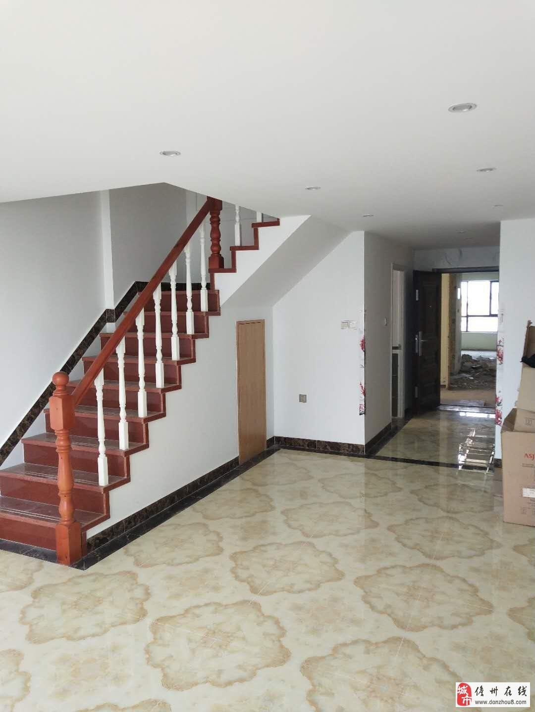 怡景华庭复式楼2室2厅2卫50万元