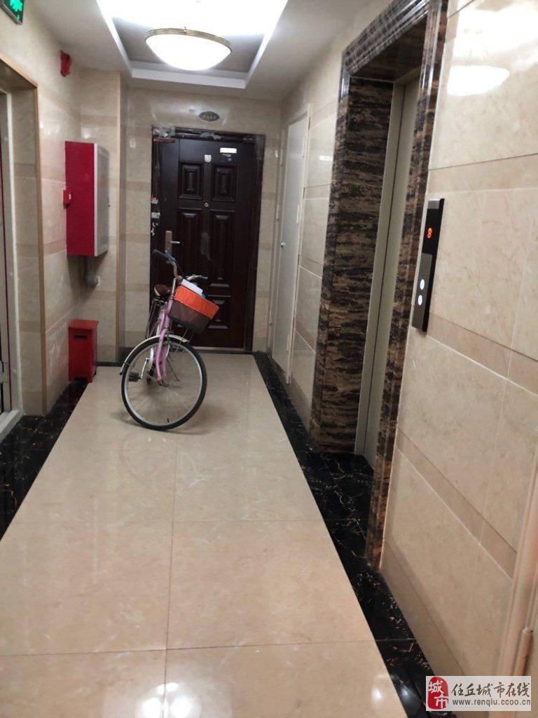 局机关幸福家园130平米3室2厅有本可贷款