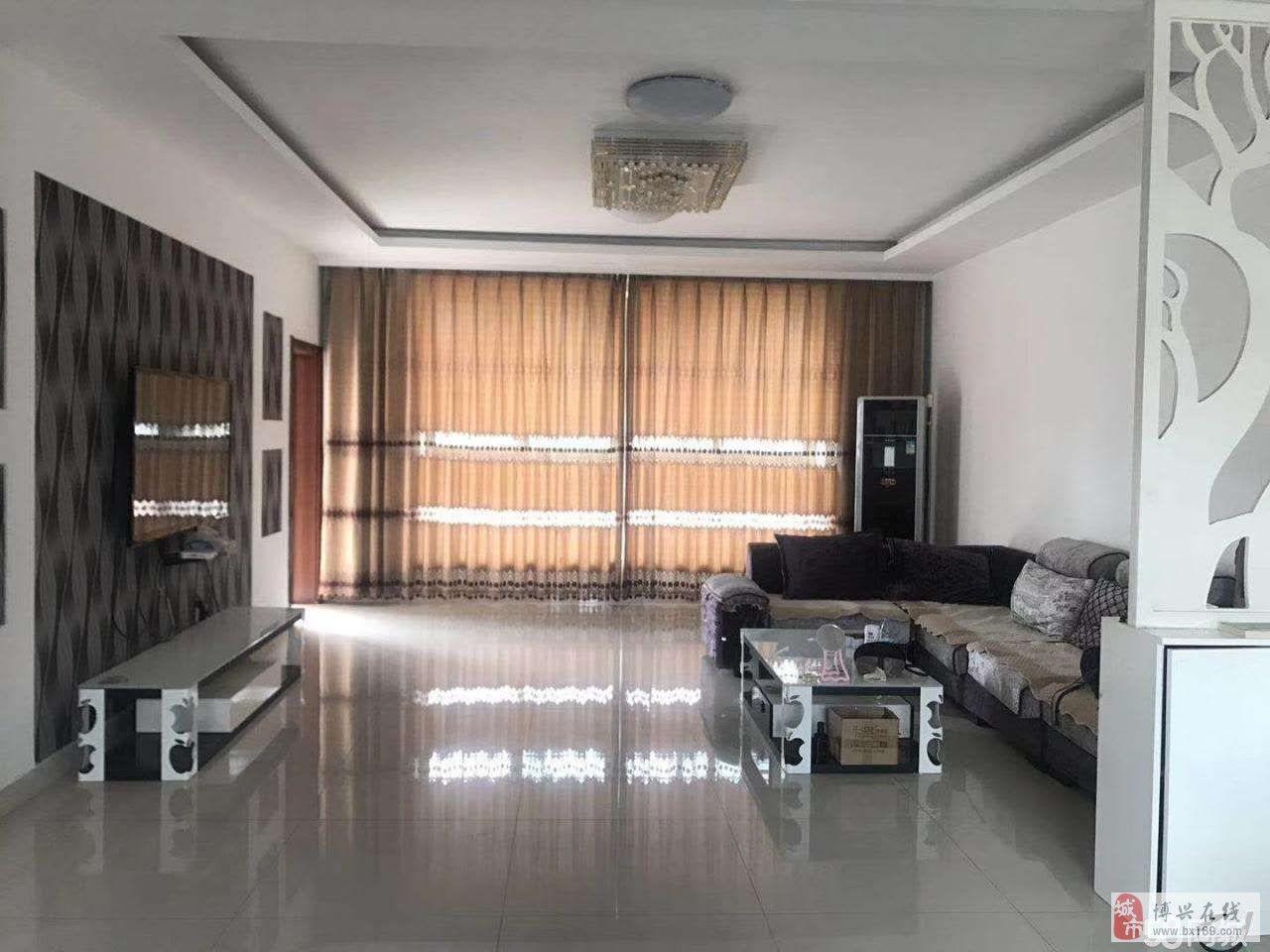 博昌花苑3室2厅2卫106万元
