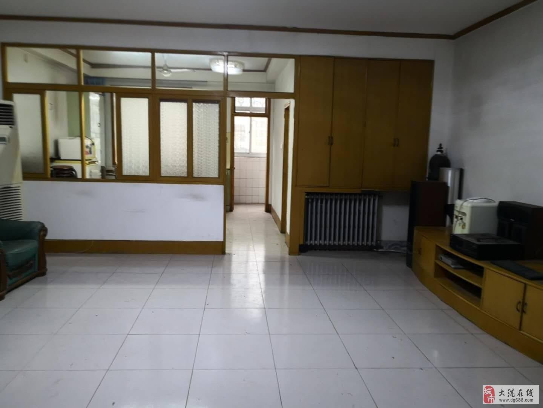 大港核心地段,曙光里一楼两室103平,满五唯一!上实验小学!