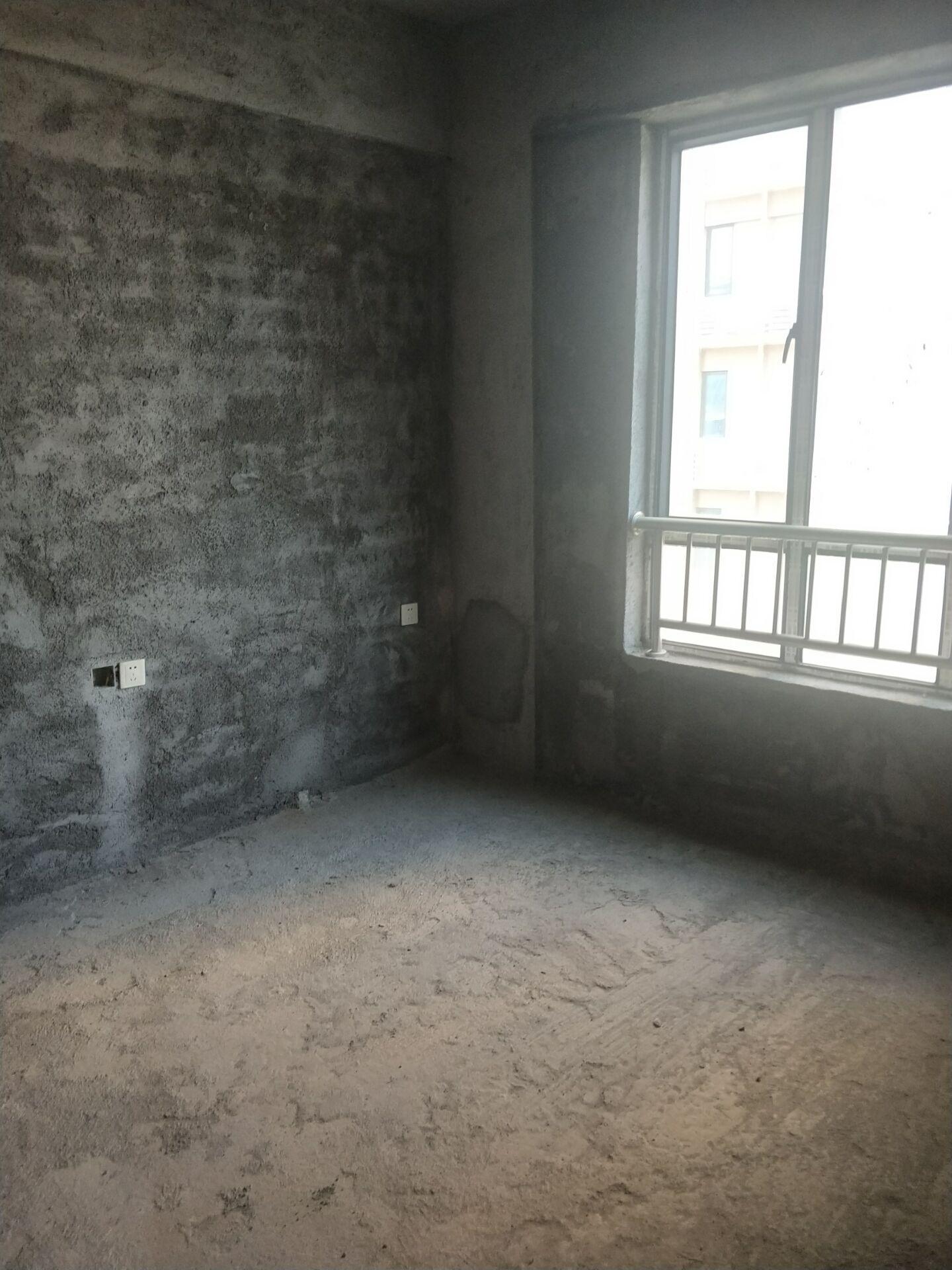 德宏花苑2室2厅1卫48万元