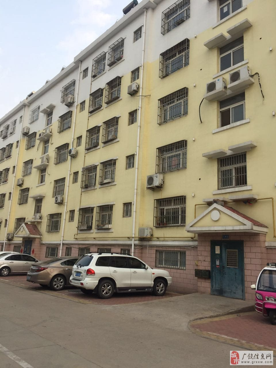 西苑二期3室2厅1卫58万元2楼87平方