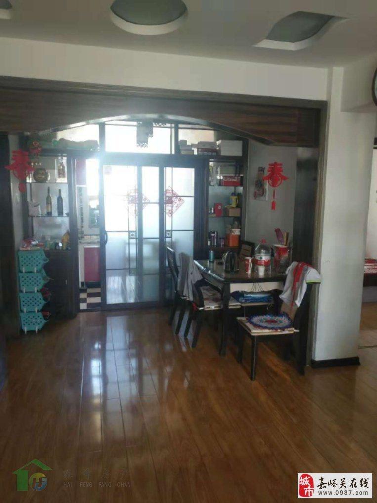 东湖明珠花园90�O2室2厅1卫36万元