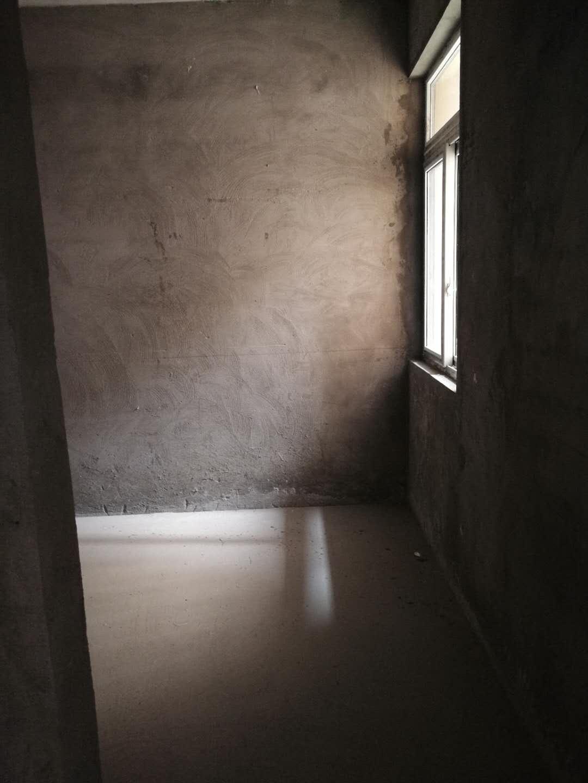 和盛中央广场2室2厅1卫28万元可议价
