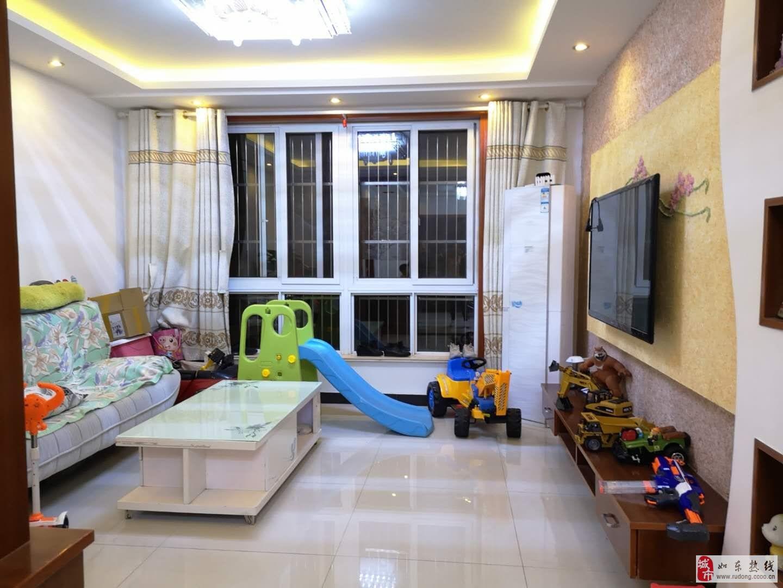 爱民小区精装124平米,3室2厅2卫108万元