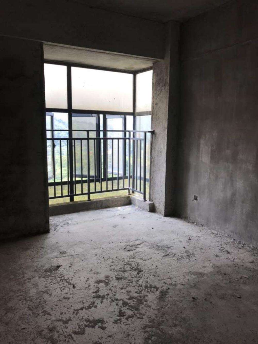 福佳廣場3室2廳2衛120萬元