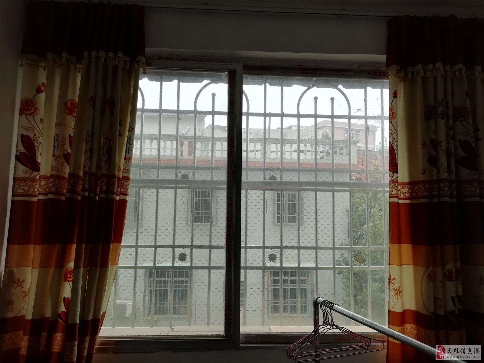 广州花园三室二厅三卫21万元