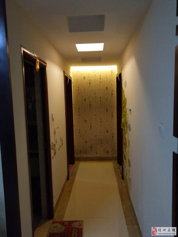 怡心花园精装3室2厅1卫43万元