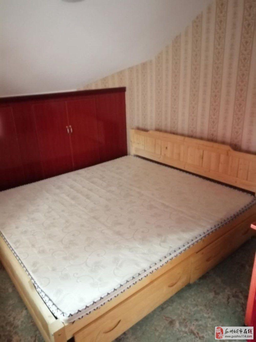 唐城阁楼2室1厅1卫7万元