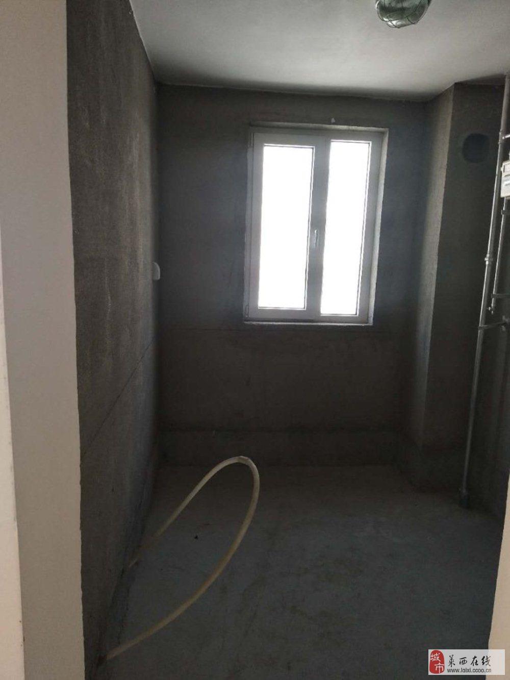福瀛苑3室1廳1衛56萬元