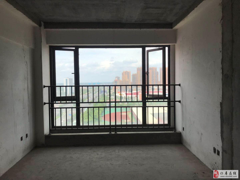 中央公園3室2廳2衛72萬元實驗小學新一中