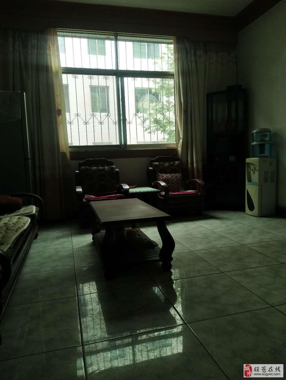 售小区房4室2厅1卫40万元