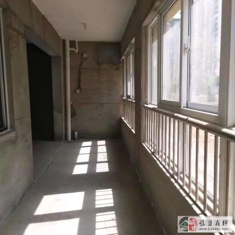 晶宫·天悦3室2厅2卫100万元