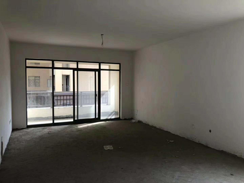 康隆盛世 3室2厅2卫 清水三室 38万元
