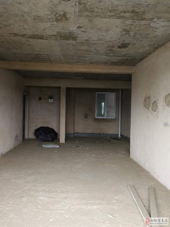 超低价幸福里3室2厅2卫电梯毛坯30.8万元