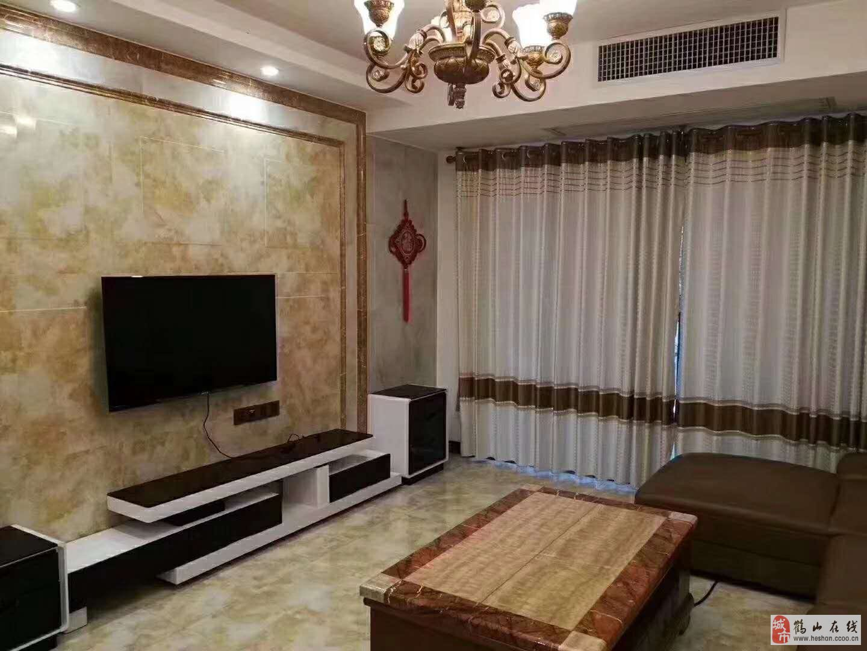 新華城精裝3室2廳2衛68萬元