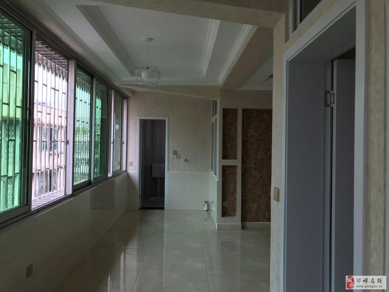 金宝街橡胶宿舍2室2厅1卫精装38.8万元