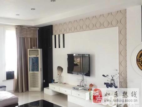 金顺凤凰城148m2精装3室2厅2卫120万元