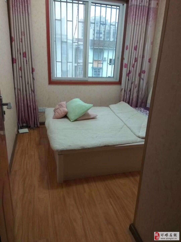金丰雅居2室2厅1卫32.8万元