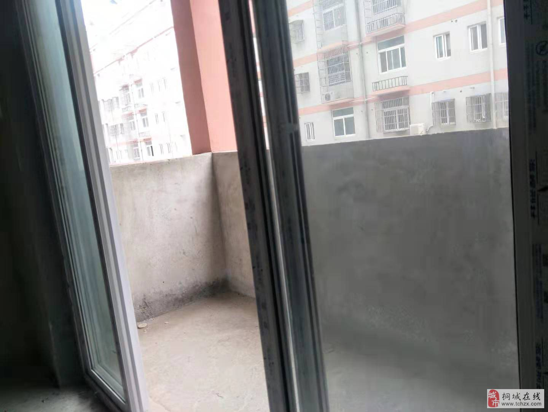 成都公寓对面徐庄集体证户型周正毛坯2房买到就是赚