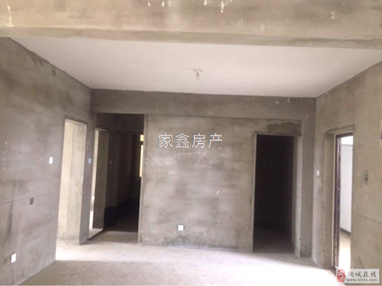 高速路口~龙腾锦绣城~毛坯两居~楼层好~56万