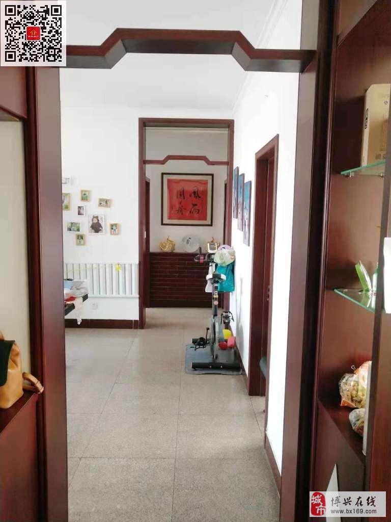 4081西谷王小区精装带车库3室2厅69万元