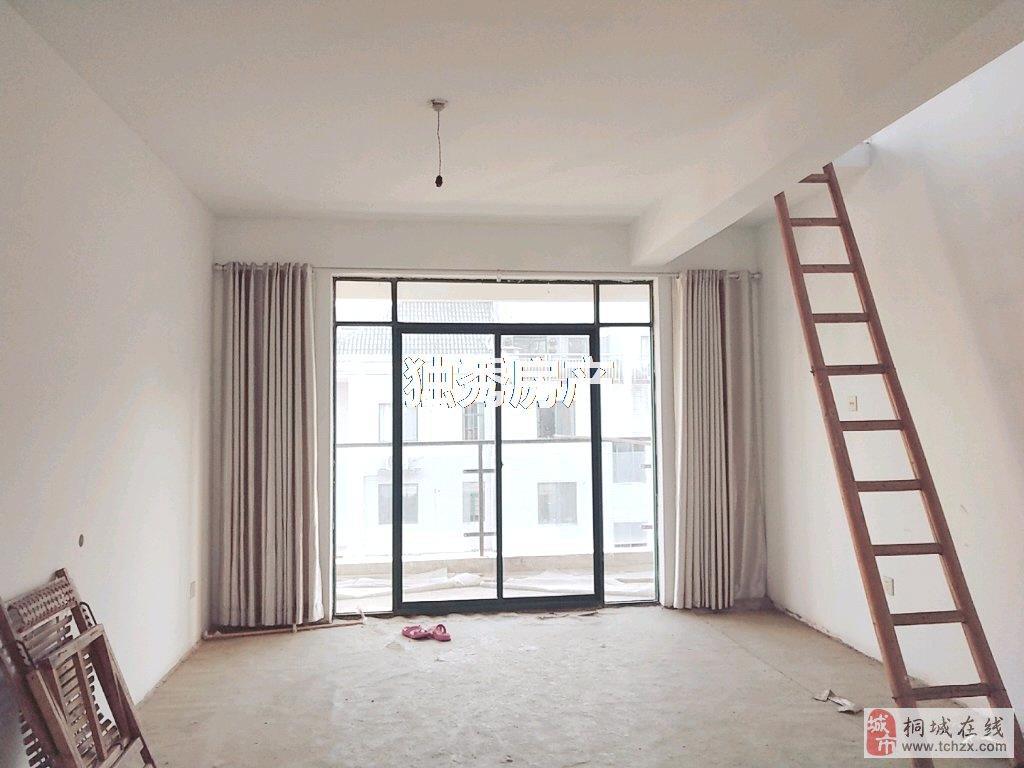 山水龙城4室2厅1卫68万元