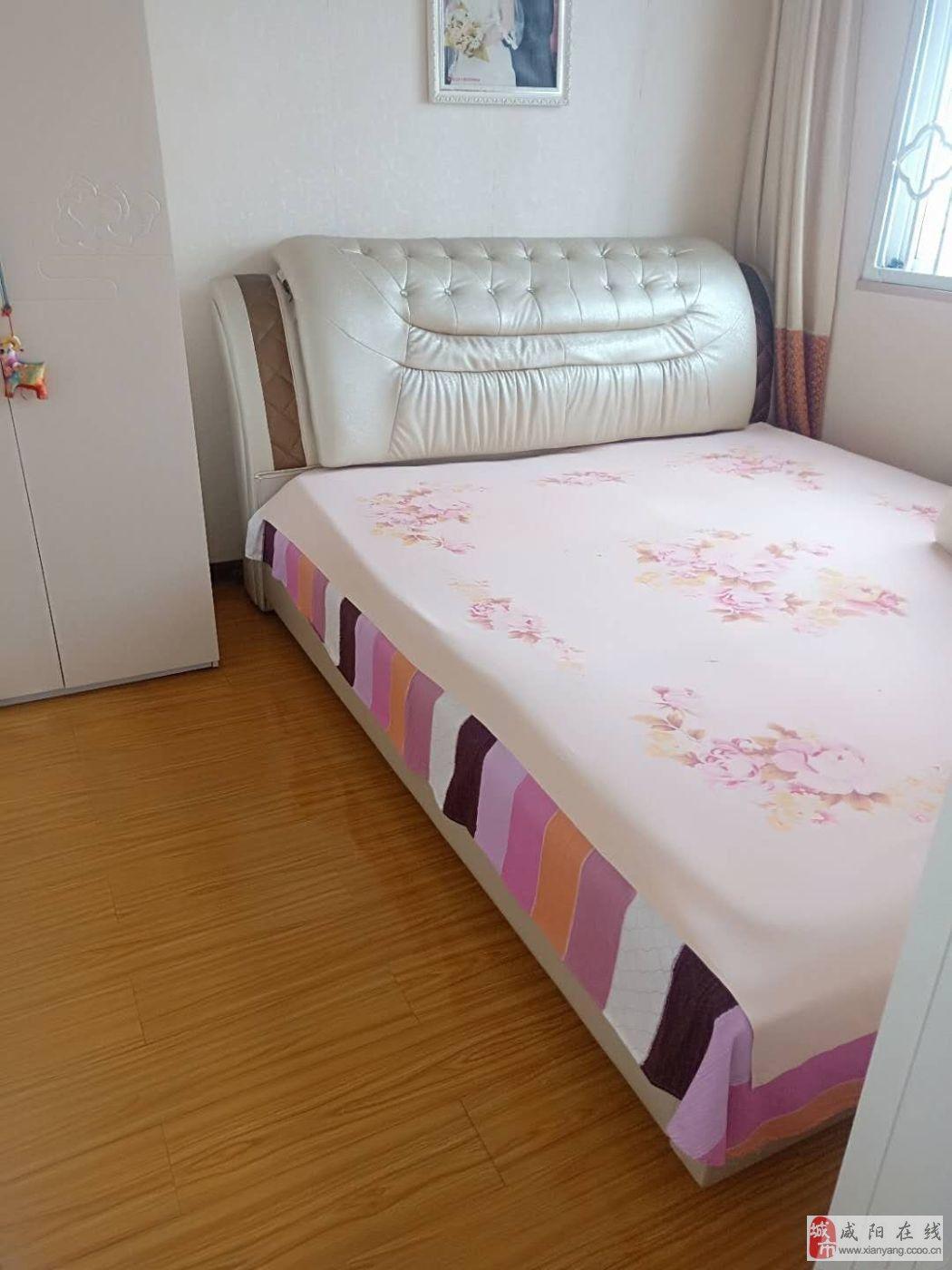 北门口凤凰世家2室2厅1卫简单装修咸阳湖旁