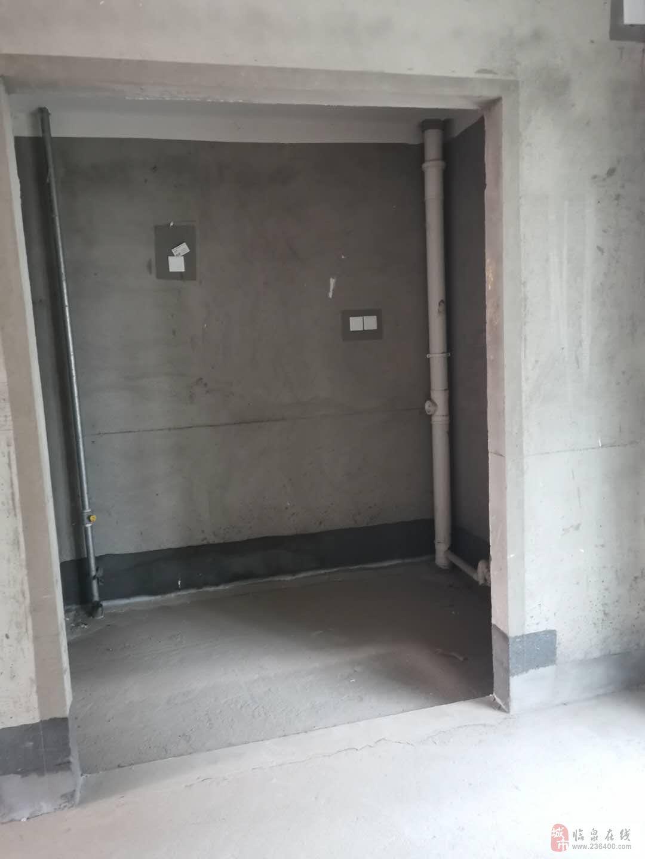 临泉·碧桂园4室2厅2卫98万元