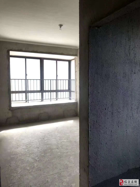 繁华地段!新时代小区3室2厅2卫66万元