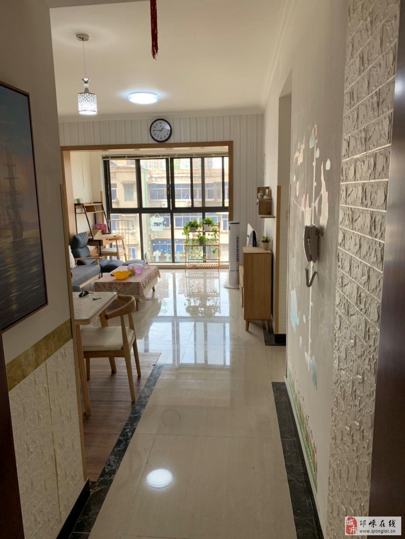 文锦佳苑2室2厅1卫50万元