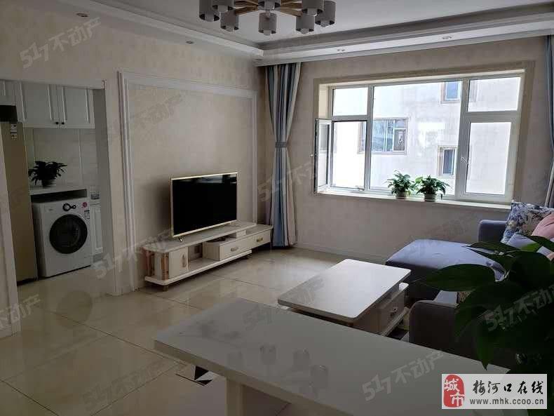 台湾城4楼 103平 精装修 只卖52.8万可按揭