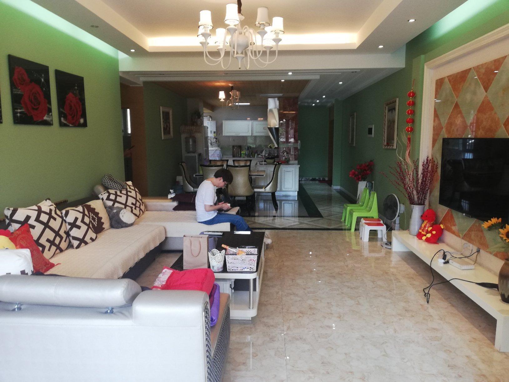 滨海国际稀缺房源精装修带家具家电大户型