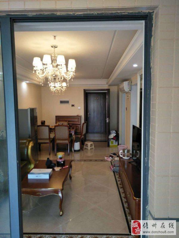 儋州市水榭丹堤60平一房改两房精装修随时看房