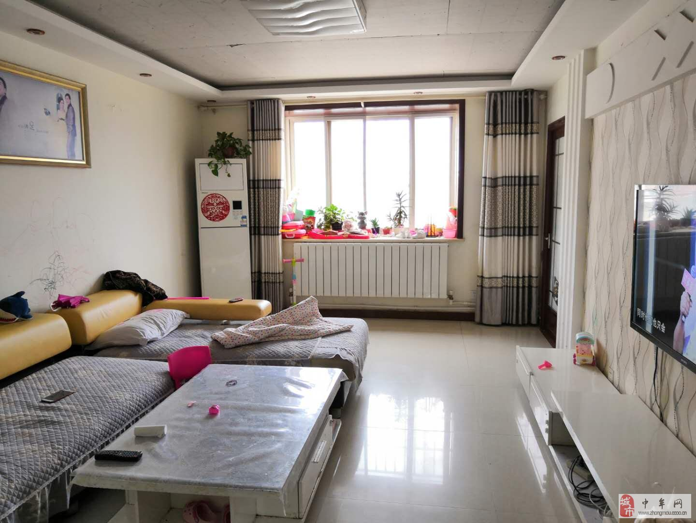 紫藤嘉园,精装三室税满五年通透户型双气标准学区房