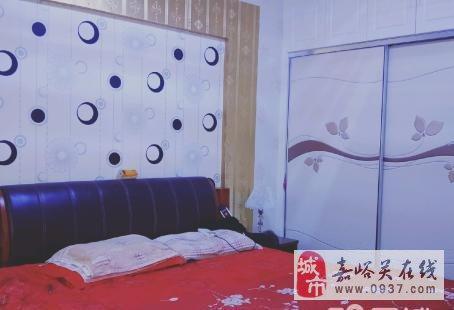朝阳小区3楼3室2厅1卫51万元