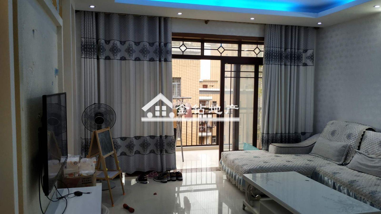 住家不二选择,金沙平台县锦绣嘉园88万4室2厅2卫精装修