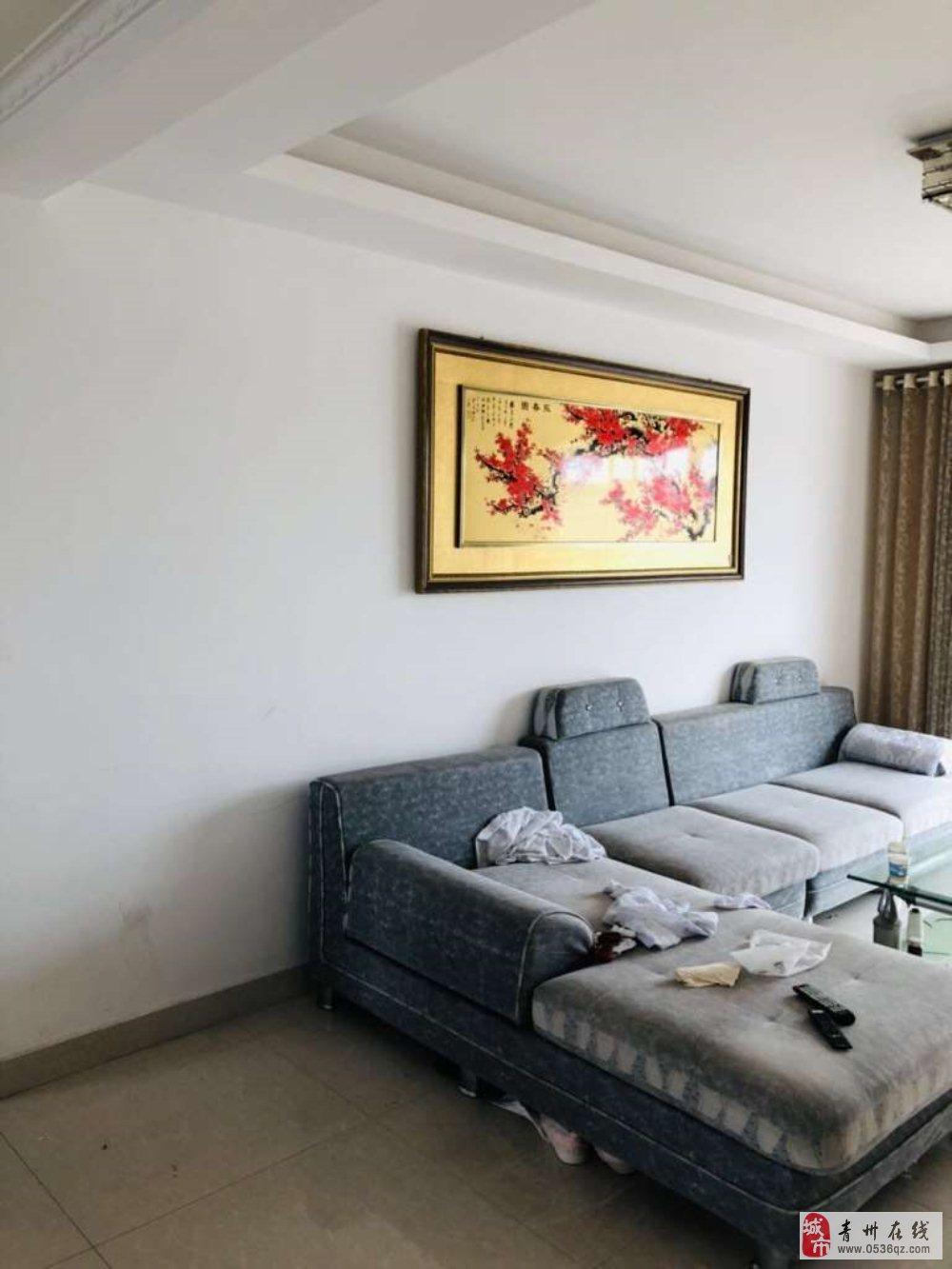 富贵牡丹园3室2厅1卫102万元