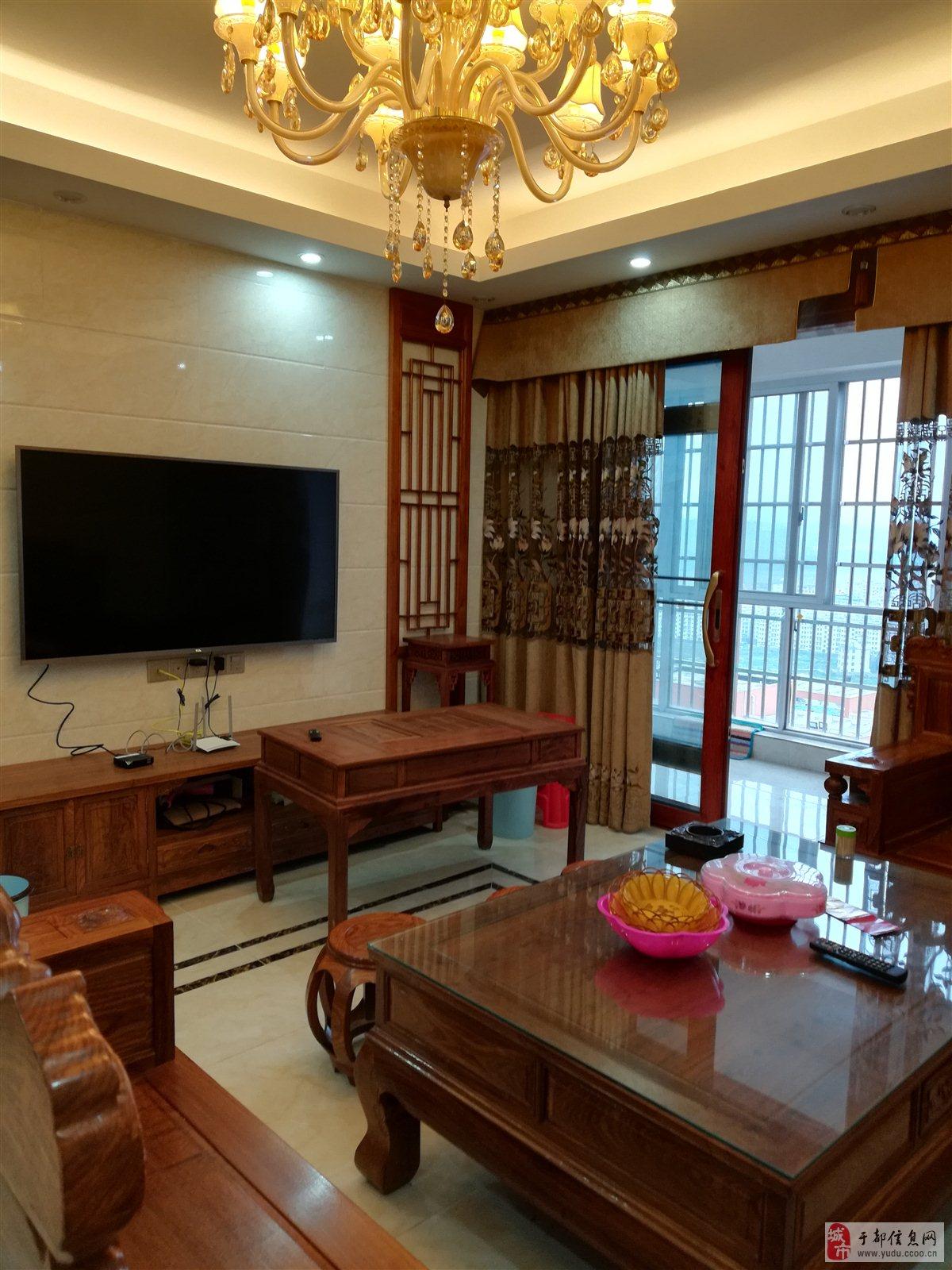 福熙城大小区豪华装修送红木品牌家私149万元