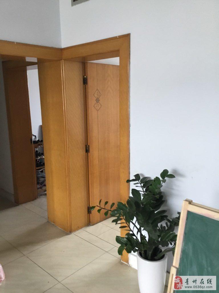 瑞阳小区5楼102平精装带储藏室69.8万可按揭