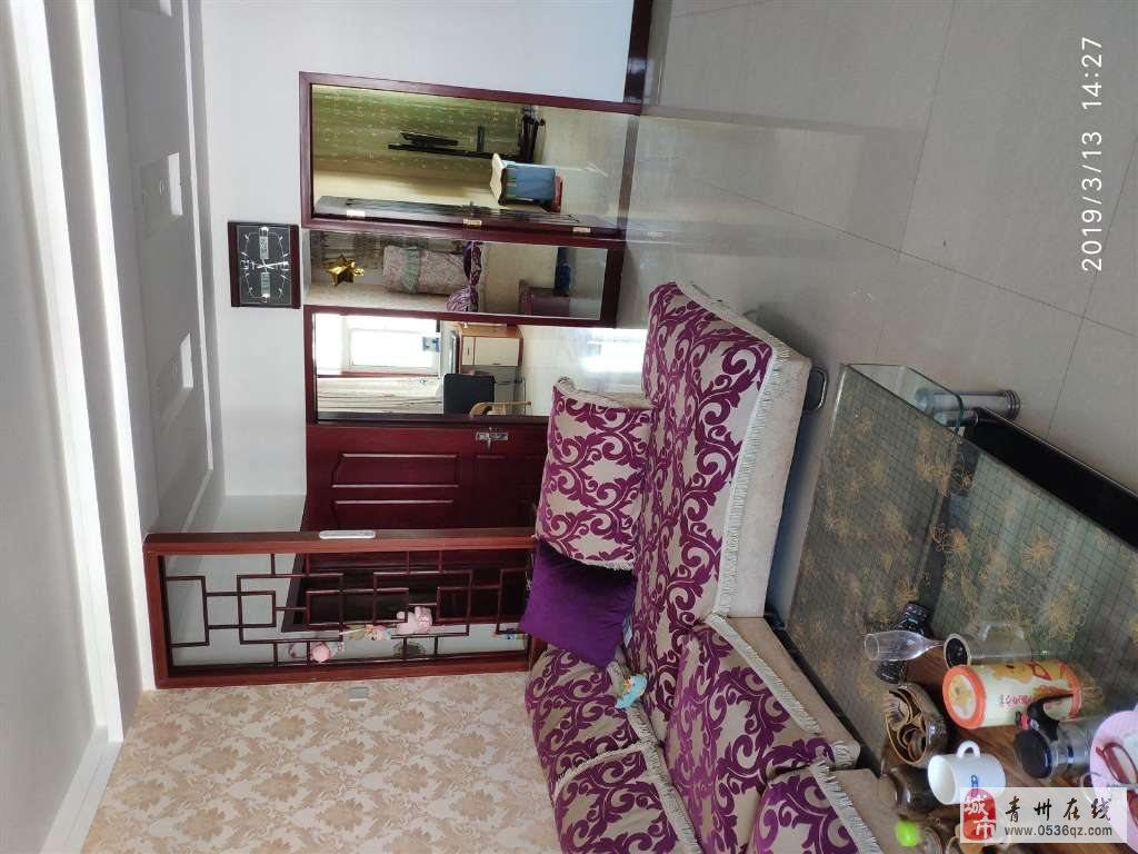 王府馨园3室2厅2卫108万元