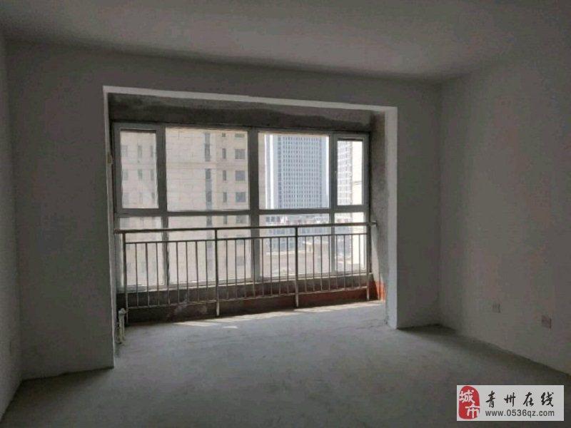 翰林苑9楼126平毛坯三室带车位储108万可按揭