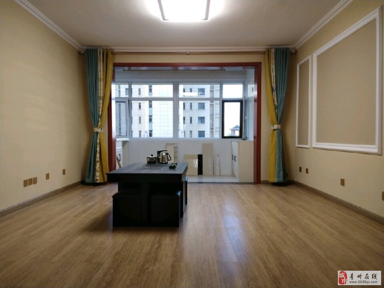 凌云居电梯4楼精装3室146平+车位储105万